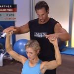 Antrenament acasa - Antrenament cu un partener - 1. Shoulder press