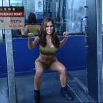 Picioare - Definirea musculaturii - 1. Smith-machine squat