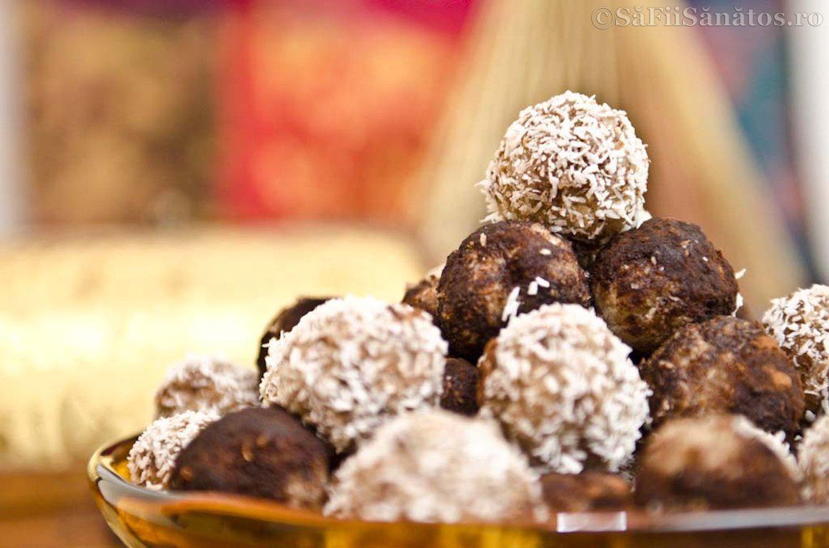Trufe din pulpa de nuci, cocos si stafide 3