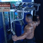 Umeri - Definirea musculaturii - 4. Reverse pec-deck flye