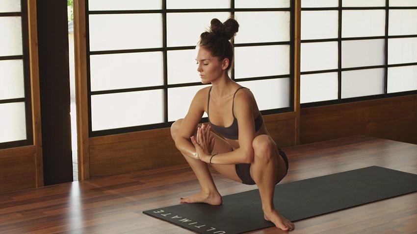 Malasana (Yoga Squat)