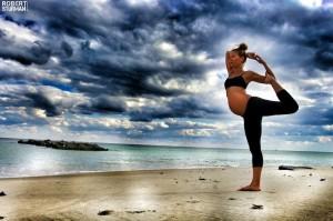 Femeie insarcinata - Yoga - 3