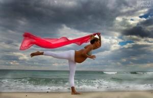 Femeie insarcinata - Yoga - 5