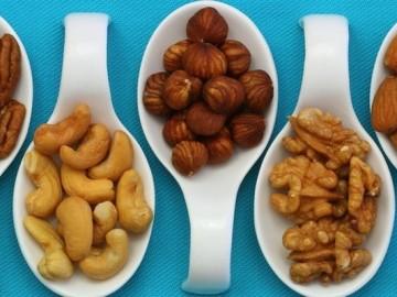 Fructe oleaginoase - Nuci