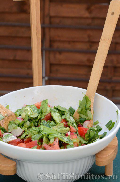 Salata raw vegana